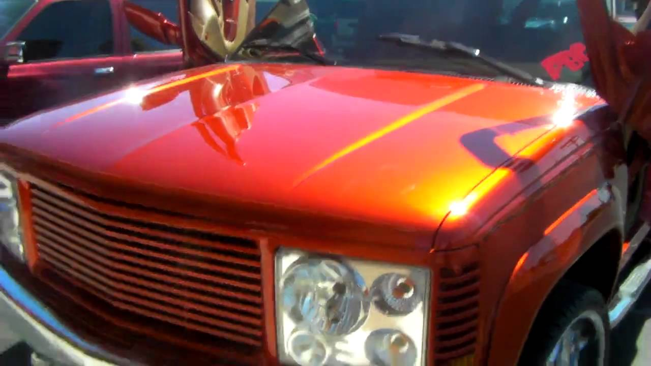 Two Door Tahoe >> Candy Painted Custom 1997 Tahoe at las vegas custom shop poor boyz - YouTube