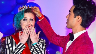 BuzzFeed's Queer Prom Crowning Ceremony