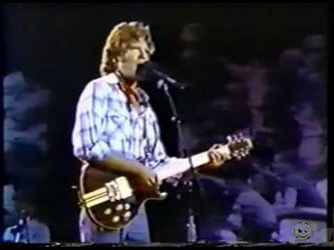 John Fogerty - Live at Vietnam Veterans-Who'll Stop The rain