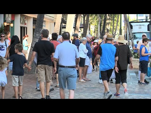 Reaction from people in Waikiki to false alarm