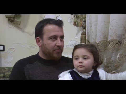 هذا ما قاله الأب السوري الذي يُضحك ابنته عند سماع صوت القذائف  - نشر قبل 3 ساعة