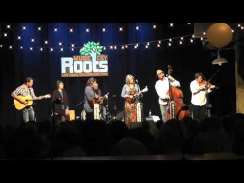 The Isaacs at Music City Roots