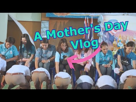 Living In Thailand | Attending A Thai Mother's Day Ceremony