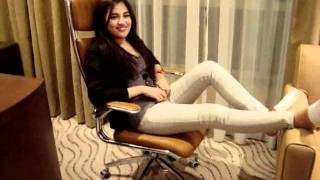 Julie Anne San Jose Before It Explodes (Bruno Mars) and Rolling in the Deep (Adel)