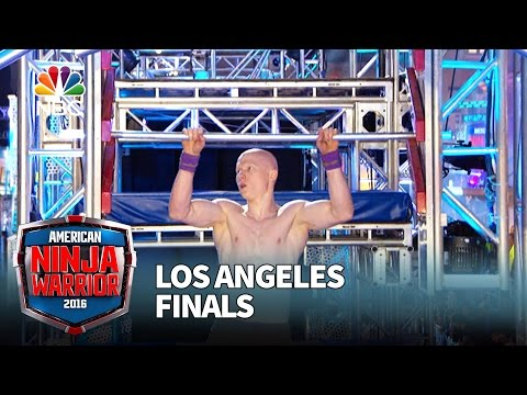 Kevin Bull at the Los Angeles Finals - American Ninja Warrior 2016
