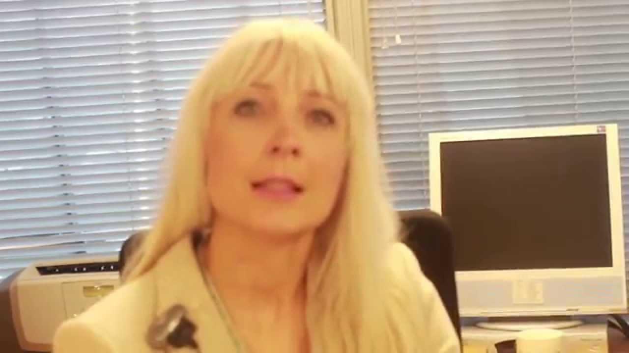 Aito avioliitto - Helsinki-kiertue, Laura Huhtasaari (ps) 24.09.2015 - YouTube