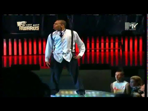 Chris Brown - Wall to Wall (ao vivo)