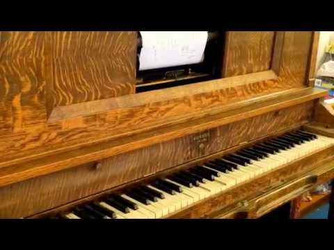 PLAYER Piano : actually plays..video shows interior parts. See note below