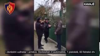 Vijon dorëzimi vullnetar i armëve, Kavajë - Policia e Tiranës