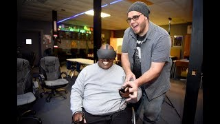 Virtual reality for people with physical limitations
