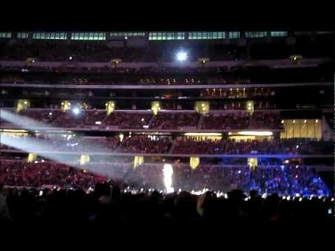 Speak Now World Tour + 55,451 Fans = Amazing Concert at Dall