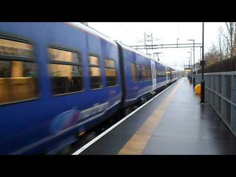 Trains at Gatley 17/11/12