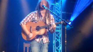 Newton Faulkner - Teardrop (live, Massive Attack cover) - Cambridge Folk Festival, 29 July 2011
