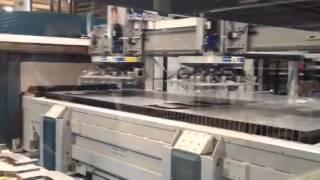 Nouvelle installation HT Laser en fibre optique : test de déchargement automatique