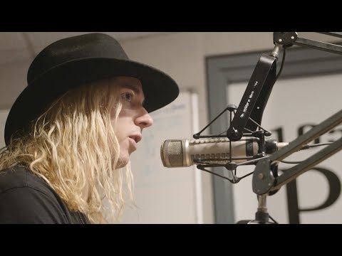 Underoath performs unplugged LIVE from The Point studio in St. Louis