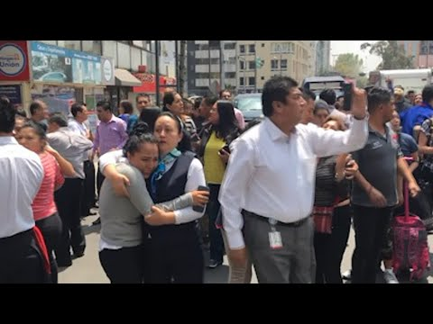 Raw: Strong Quake Rattles Mexico City
