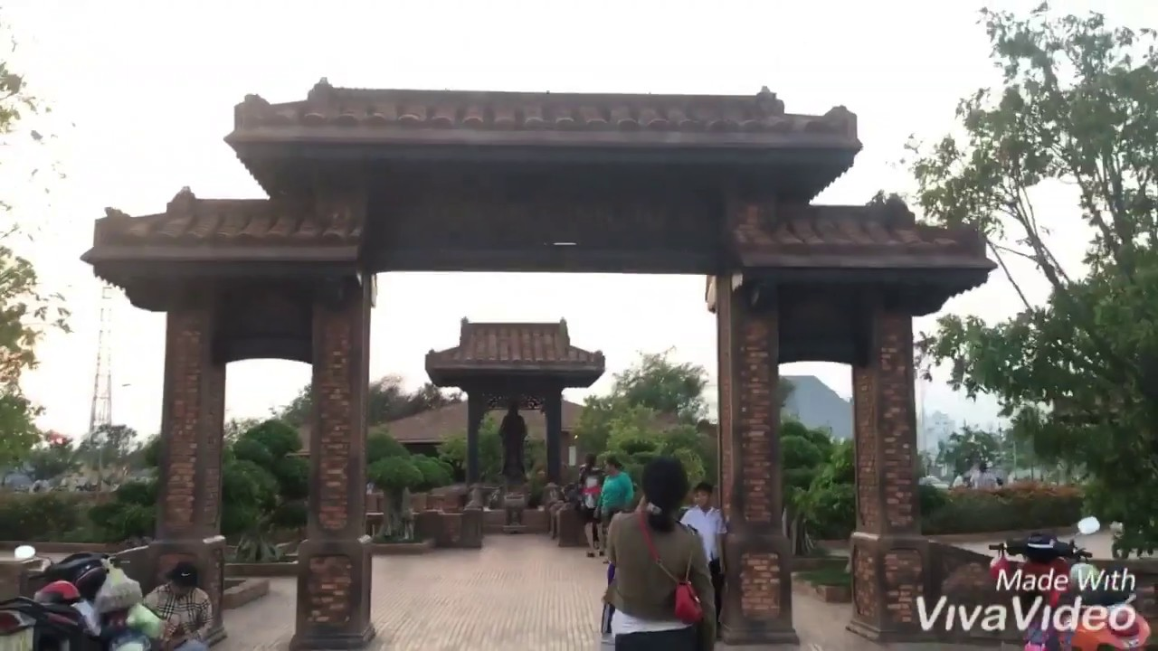 """Ngôi chùa độc ở Phan Thiết """"Thanh minh tự"""""""