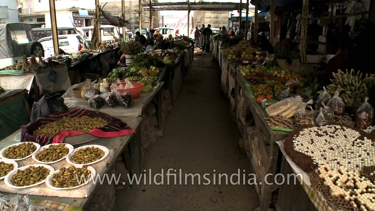 Food bazar in Kohima which sells the most bizarre food!