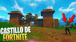 👉¡HICE el CASTILLO GIGANTE de FORTNITE! (Fortnite Patio De Juegos)