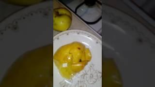 Печеное яблоко в микроволновой печи!!!Легко и быстро)Часть 1
