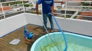 Como limpar piscina sem motor e sem filtro