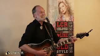02 Gerhard Meidl singt Reinhard Mey Lieder am Countryabend beim Koci 09 02 2019