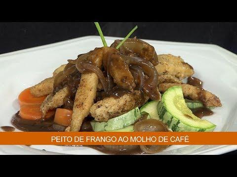 PEITO DE FRANGO AO MOLHO DE CAFÉ E ABOBRINHAS ASSADAS