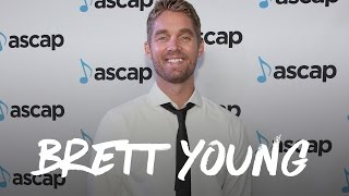 Brett Young Sleeps With a Blankie