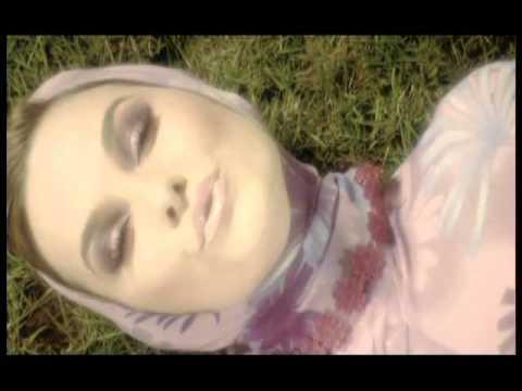 Anna Lesko feat Alex Velea -  Nu mai am timp (Official Music Video)