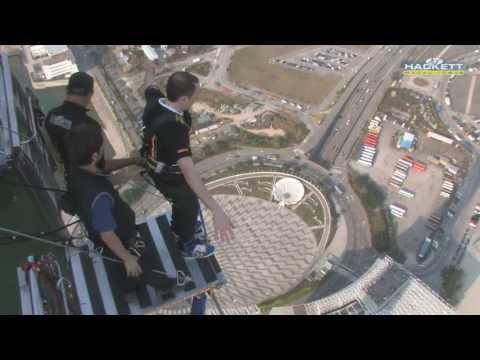 Macau highest bungee jump Macao saut a l'elastique le plus haut du monde AJ Hackett