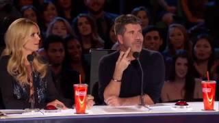 Фокусы с кубиком Рубика.(25-летний американский фокусник удивил зрителей и жюри британского шоу талантов., 2016-07-15T16:05:12.000Z)
