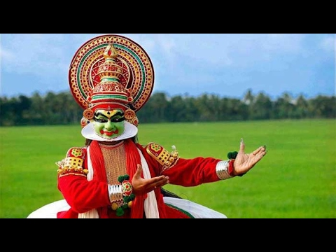 Kathakali Dance Performance in Munnar, Kerala (Indian classical dance)