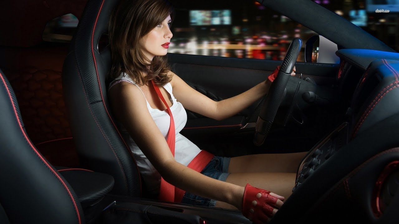 Sexy Hot Women Driving Cars 16