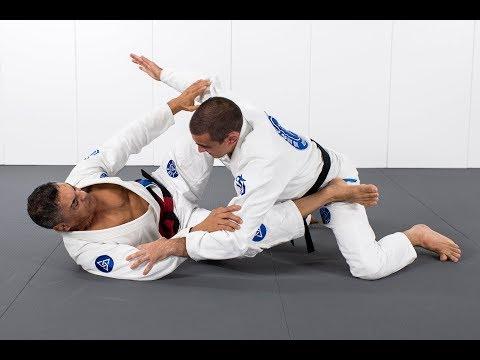 Rickson Gracie teaches the Jiu-Jitsu guard