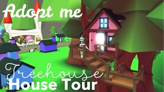 Treehouse House Tour (Roblox Adopt me) New furnitures | Its SugarCoffee