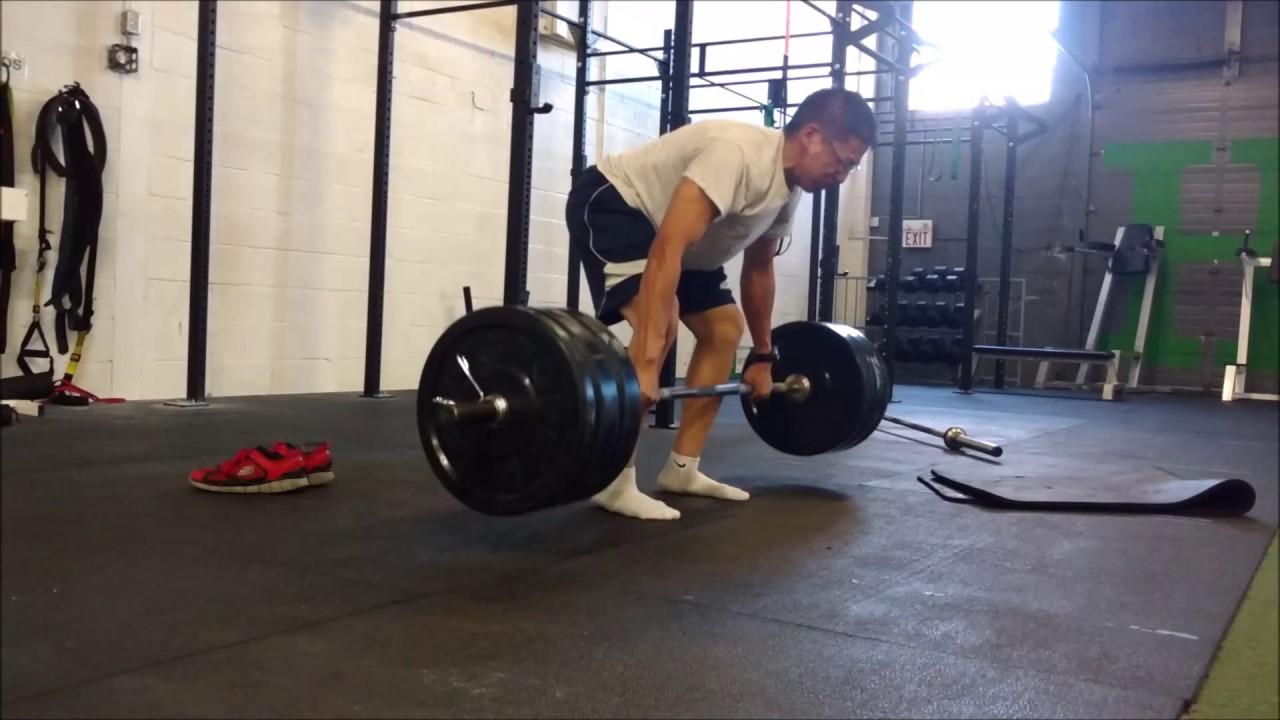 cheating on pendlay rows 275 lbs 4 reps - YouTube