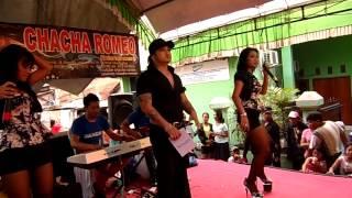 Video CHACHA ROMEO DE JAMET CABE CABEAN ENIM INDAH FEI download MP3, 3GP, MP4, WEBM, AVI, FLV Agustus 2018