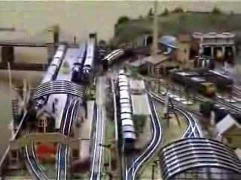Modelling Railroad Toy Train Track Plans -The Vintage Train (Clip Ref MR15) – Model Railways 00 Gauge