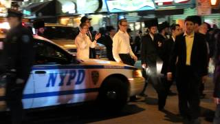 cwsp shmira of boro park is controlling the traffic lag bomer at 16x49 2013