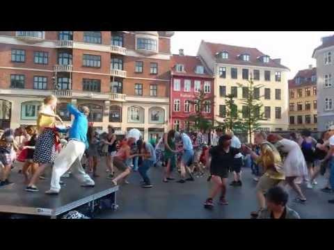 Electro-Swing dance at Kultorvet 8 7 2014 during Copenhagen Jazz Festival
