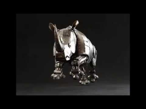 Mechanical Articulated Metal Rhino Charging2