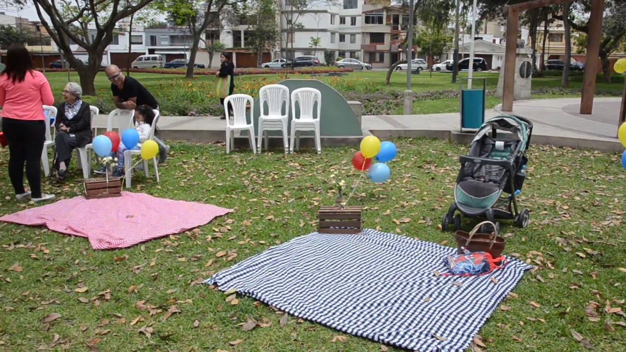 Fiesta al aire libre en parque lima youtube for Decoracion parques