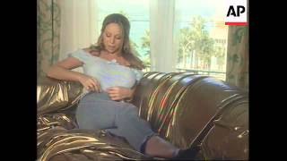 Mariah Carey Interview At Cannes 2001 (B)