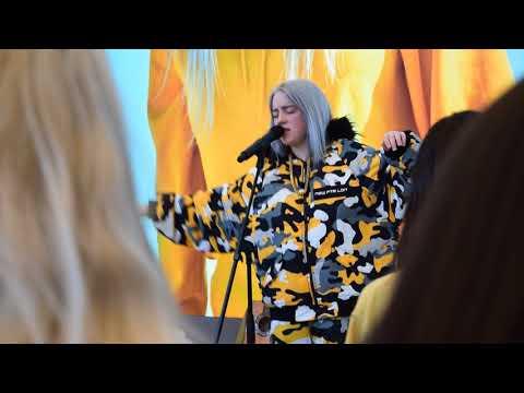 "Billie Eilish performs ""idontwannabeyouanymore"" @ Apple Union Square"