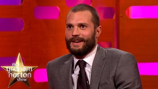 jamie dornan tries to put off dakota johnson during sex scenes the graham norton show