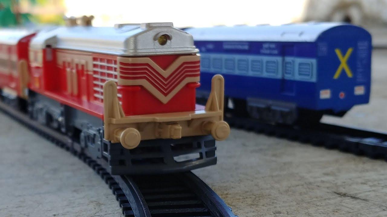 Centy Toys Indian passenger Train vs Centy rajadhani train race and comparison | Indian Trains
