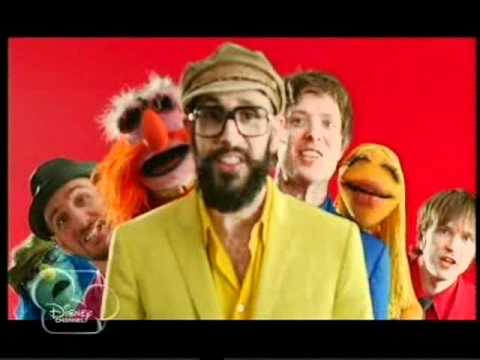 OKGO/The Muppets - The Muppet show theme song [Disney Channel Hungary]