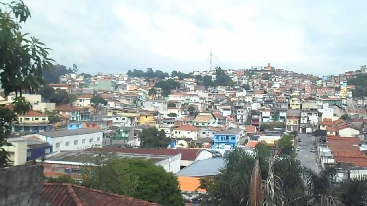 Ocupa o em encosta periferia vila albertina zona norte de for Piletas publicas en zona norte