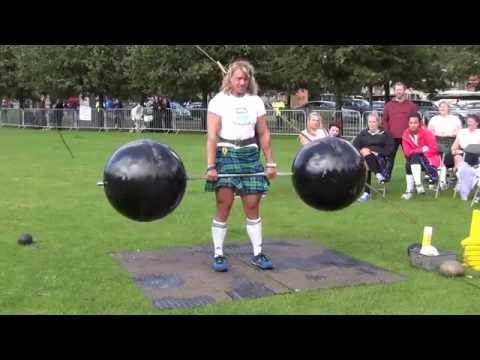 Deadlift - 160 kg/ 20 reps. Highland Games. Glasgow-2013. Kristy Scott (USA)