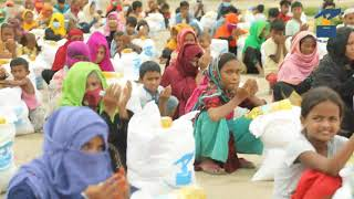 Emergency  food packet distribution to Rohingya refugees
